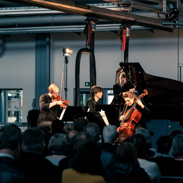 Piano-Trio-with-Moritz-Ter-Nedden-and-Amadeus-Wiesensee-©PODIUM